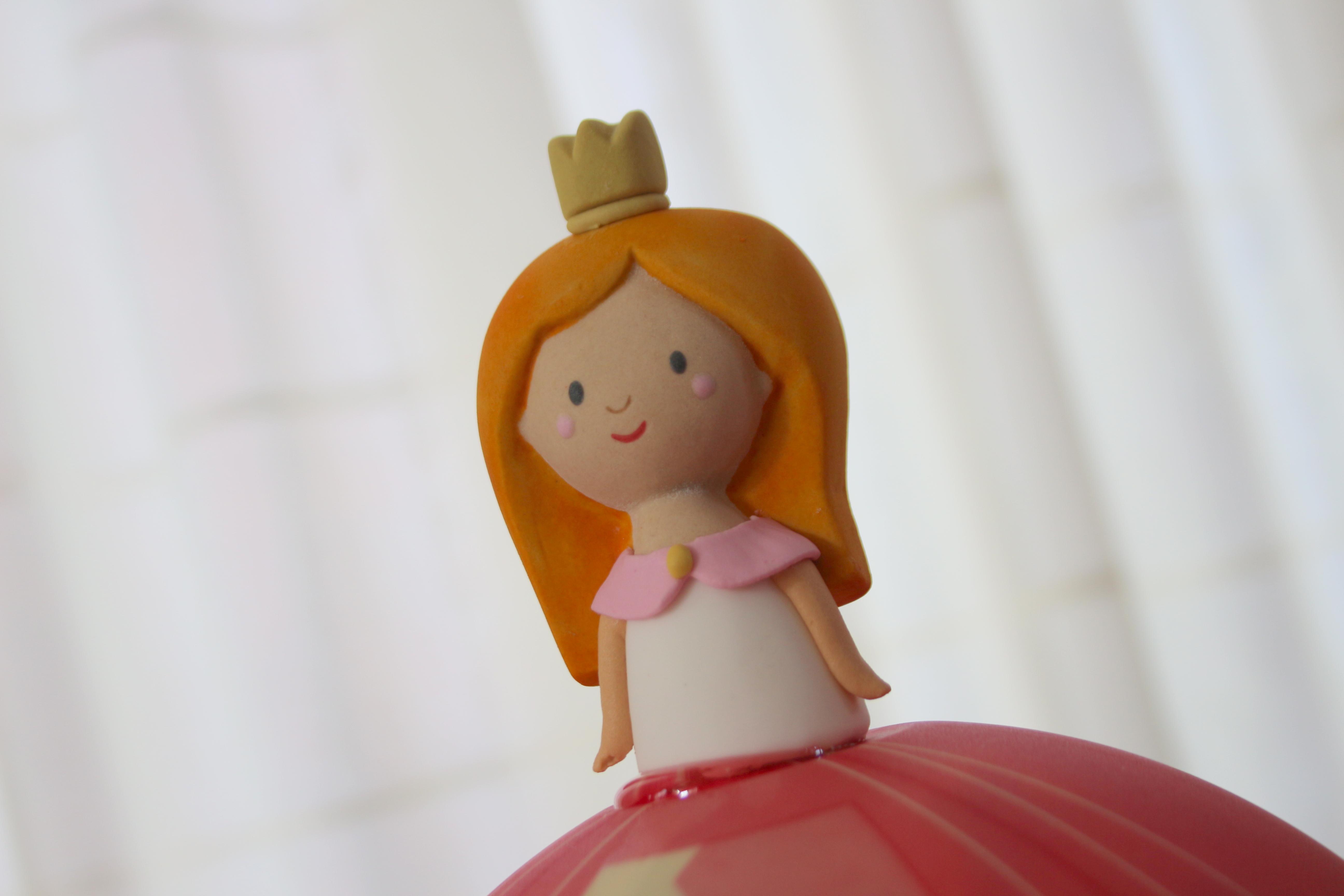 maak je prinsessenfeest compleet met de nieuwe prinses boltaart van hema volgmama. Black Bedroom Furniture Sets. Home Design Ideas
