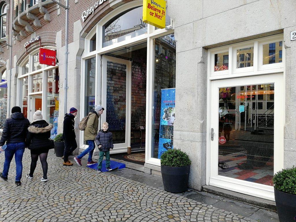 ripleys-amsterdam-review-entree-ingang