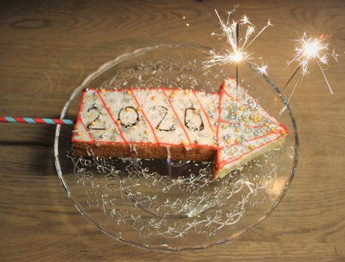 Vuurpijl cake voor oud en nieuw