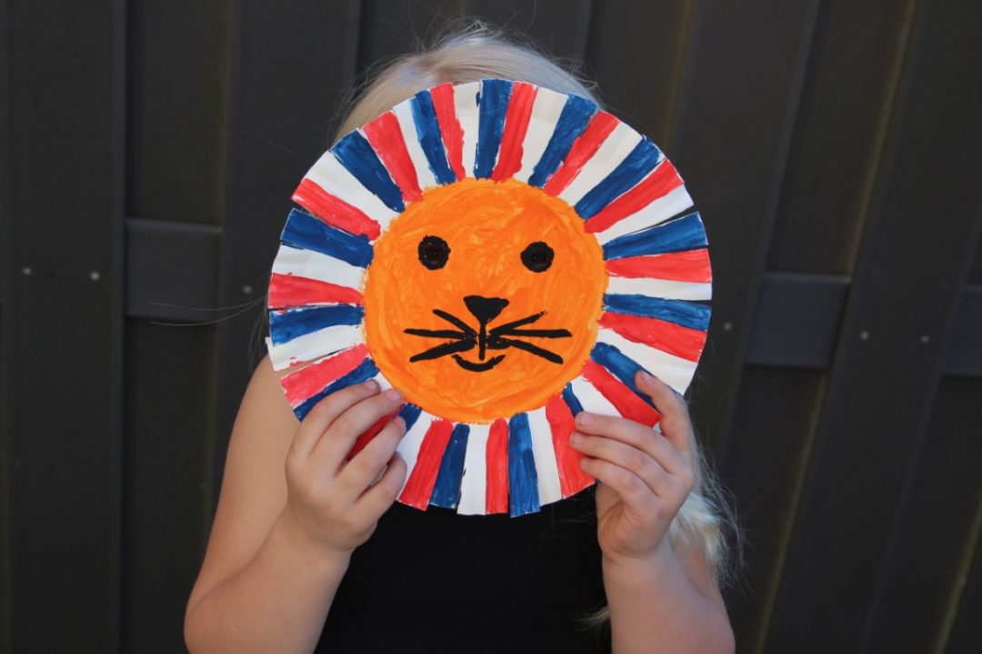 Koningsdag knutselen - Oranje leeuw masker maken