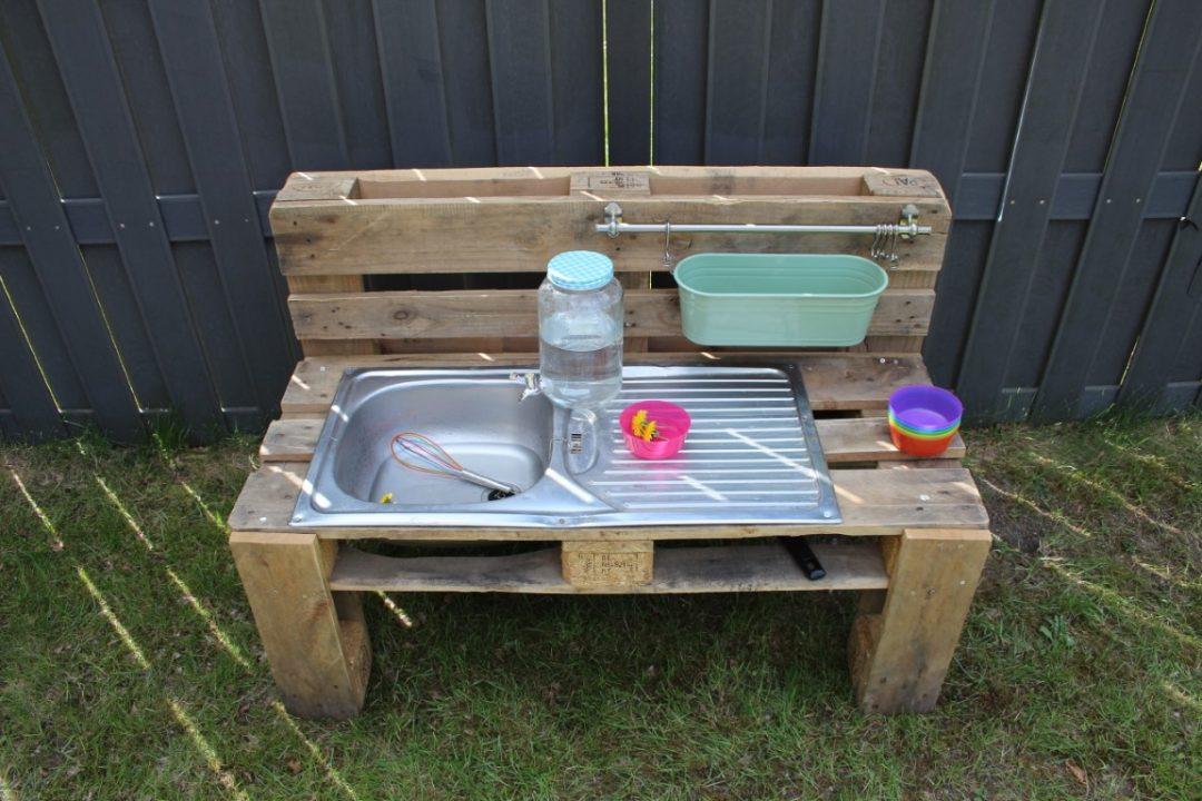 Modderkeuken maken - DIY Mudkitchen