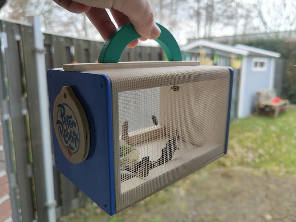 Houten insectenhuisje pieter konijn peter rabbit tuin accessoires review